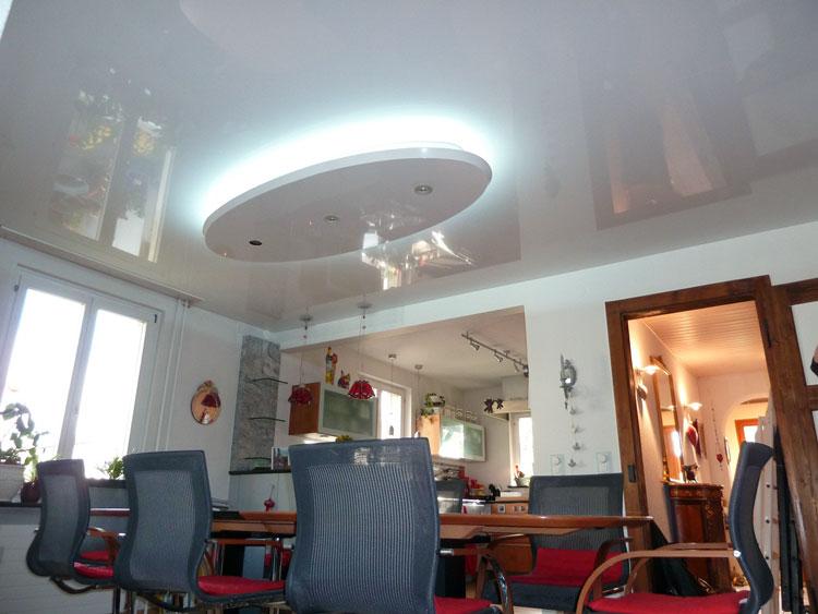 Plafond tendu encastré décoratif