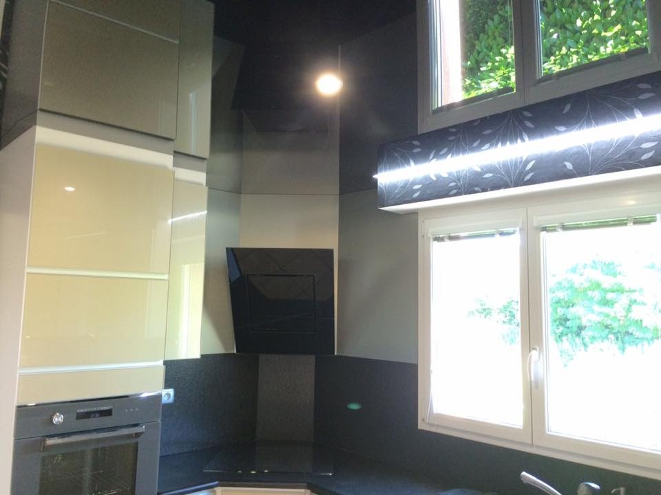 plafond tendu noir laqu morschwiller le bas francis collin d co. Black Bedroom Furniture Sets. Home Design Ideas