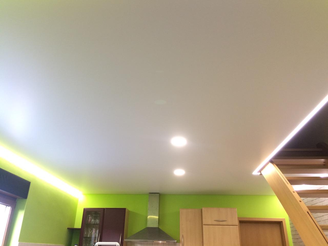 plafond tendu satin magstatt le bas francis collin d co. Black Bedroom Furniture Sets. Home Design Ideas
