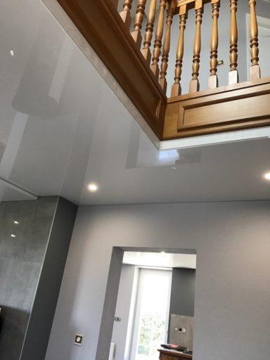 plafond-tendu-laqué-satiné-blanc-cuisine-salon-couloir-dingsheim