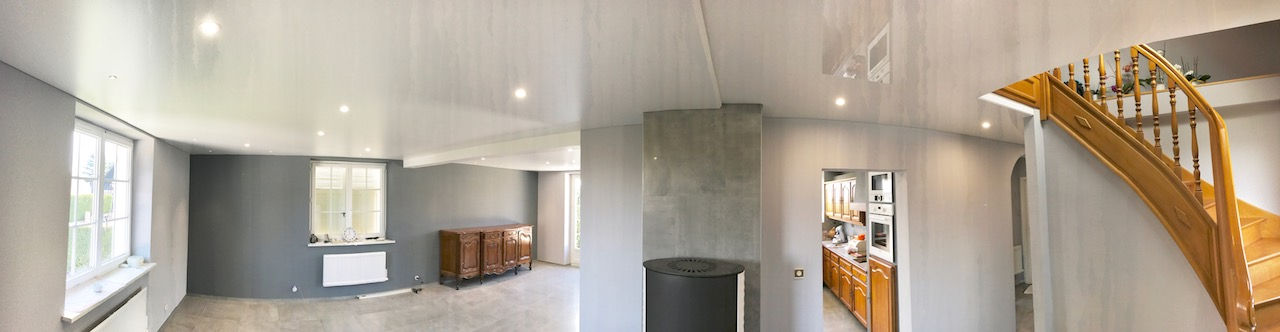 plafond tendu blanc laqu et satin avec d caiss. Black Bedroom Furniture Sets. Home Design Ideas