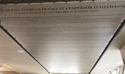 Plafond tendu Restaurant (système SANDOW)